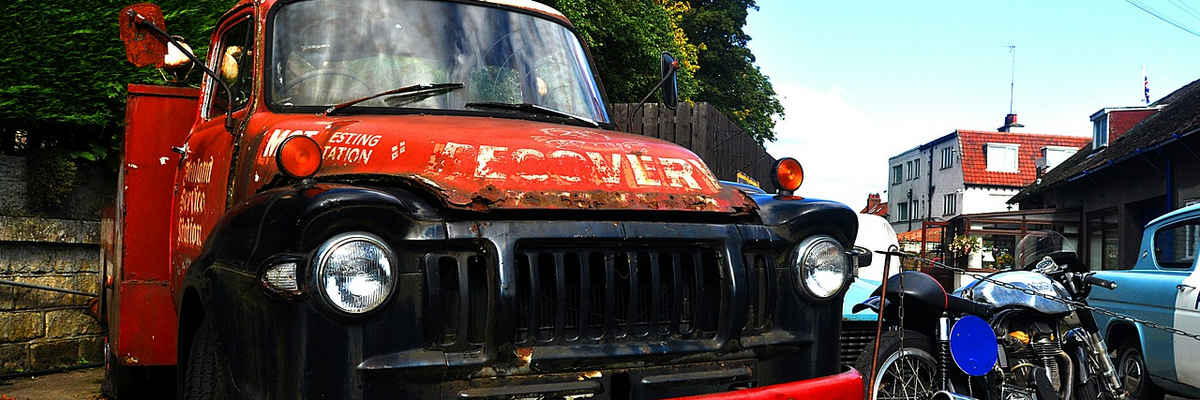 Tow truck england old antique car